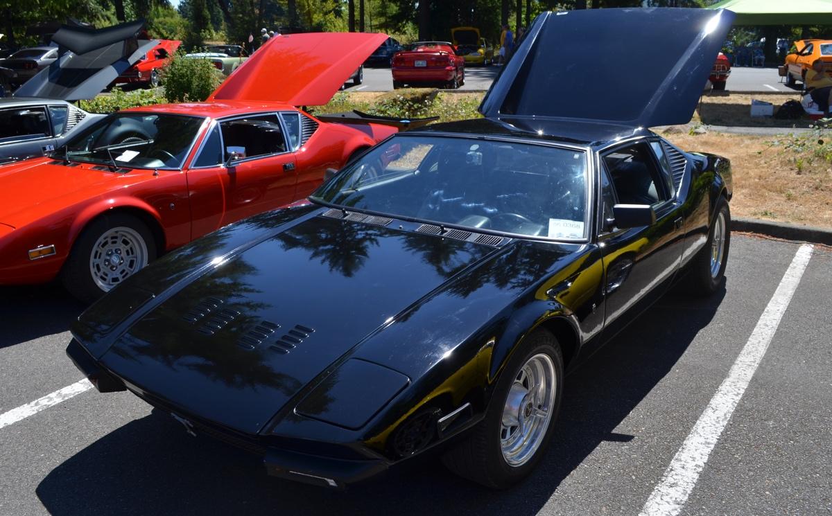 Black 1971 DeTomaso Pantera