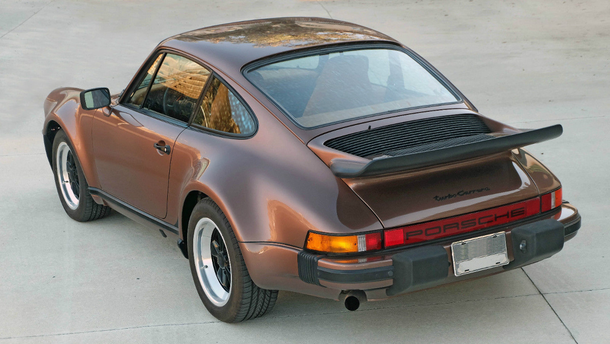 Example Of Copper Brown Paint On A 1976 Porsche 930 Turbo Carrera