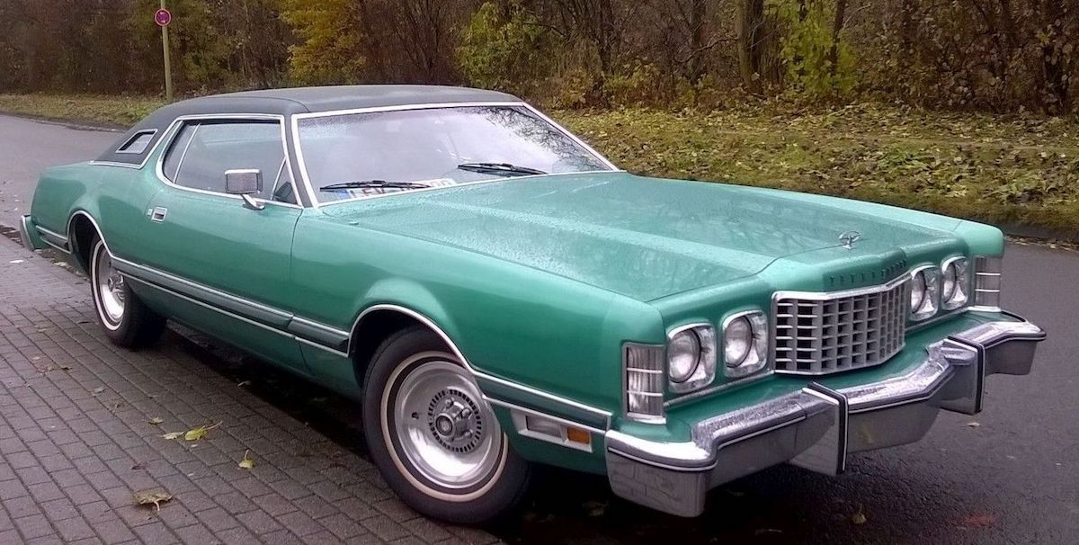 Medium Jade Starfire 1976 Ford Thunderbird