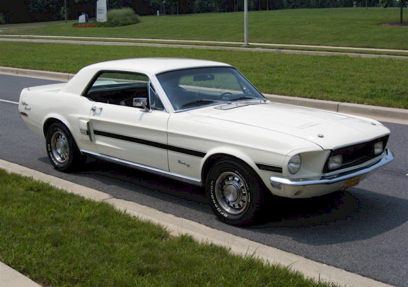 Wimbledon White 1968 Ford Mustang