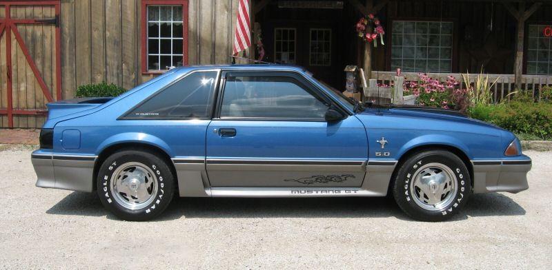 Bright Regatta Blue 1988 Ford Mustang