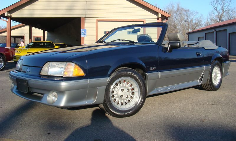 Dark Shadow Blue 1989 Ford Mustang