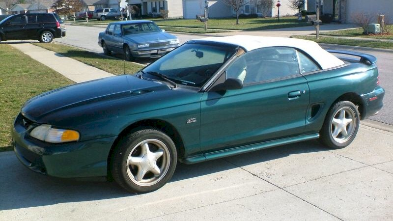 Deep Forest Green 1995 Mustang - Paint Cross Reference