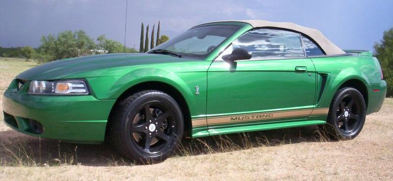 Electric Green 1999 Ford Mustang
