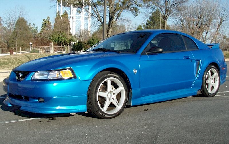 Bright Atlantic Blue 1999 Ford Mustang