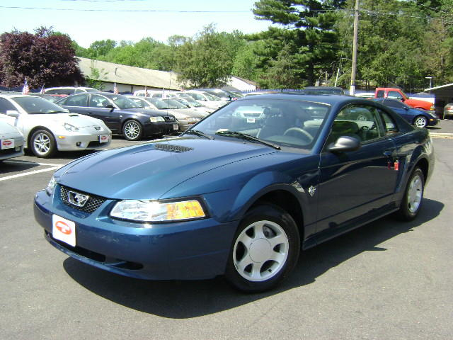 Atlantic Blue 1999 Ford Mustang