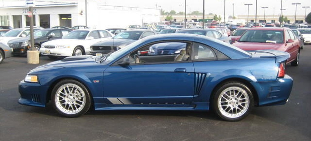 Atlantic Blue 2000 Ford Mustang