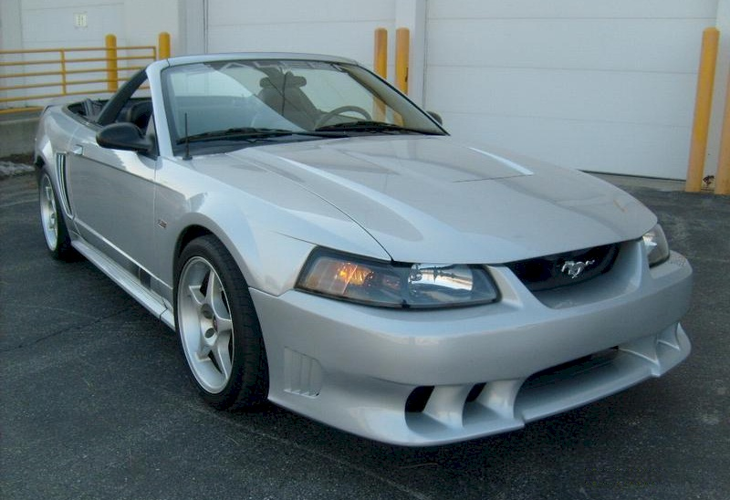 Silver 2001 Ford Mustang