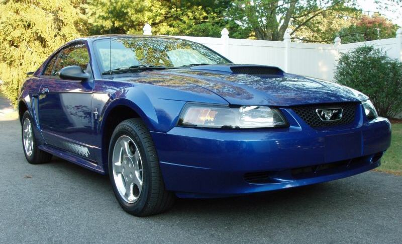 Sonic Blue 2003 Ford Mustang