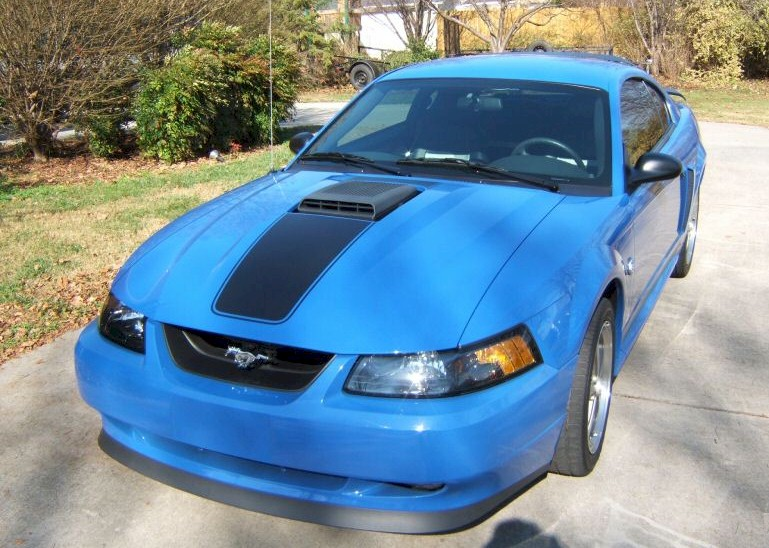 Azure Blue 2004 Ford Mustang