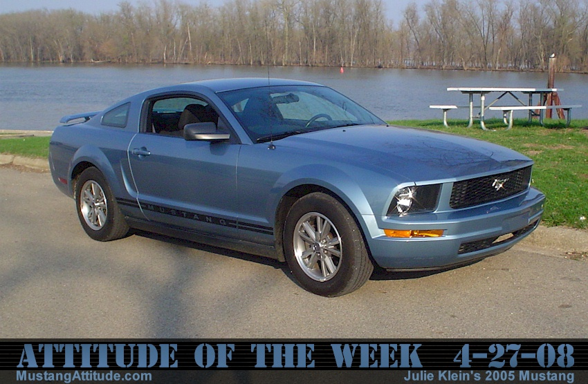 Windveil Blue 2005 Ford Mustang