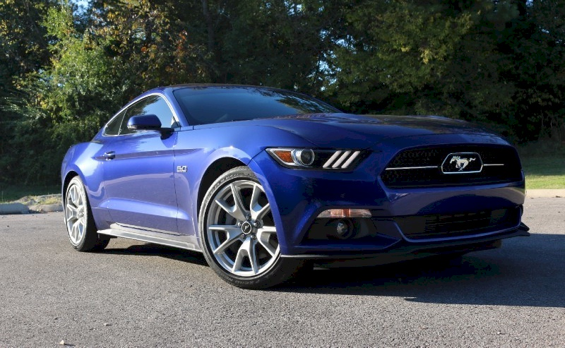 Deep Impact Blue 2015 Ford Mustang
